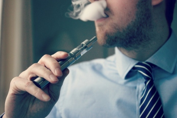 e-cigarette-electronic_cigarette-e-cigs-e-liquid-vaping-cloud_chasing-vaping_at_work-work_vaping_281634899744529